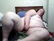 Kiwi Bbw Plays With Toys On Skype