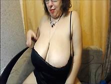 Matura Con Tette Xxl In Webcam