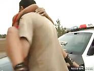 Sexo De Policiais Com Duas Amadoras Na Rua