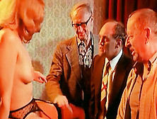 Blonde Hotie Makes A Retro Peep Action For Old Guys