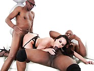 Stacked Cougar In Lingerie Kendra Lust Enjoys An Interracial Thr