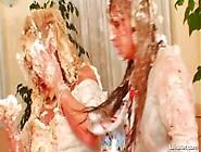Wedding Cake Fight