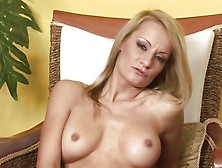 Mature Blonde Valentina Valente Playing