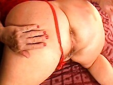 Chubby Mature Woman Sends Her Fingers Driving Her Needy Twat To