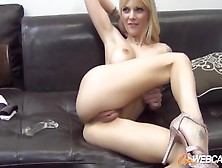 Jana Jordan Is Fucking Her Own Ass With A Toy
