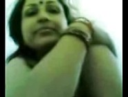 Beautiful Big Boobed Indian Aunty