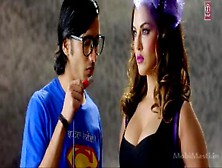 Super Girl From China (Sunny Leone) =»r. J«=