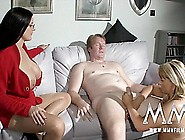 The Sex Therapist Makes A House Call And Shows Wifey How To Work