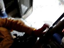 Encoxada Madura Culona En Puerta De Camion P1