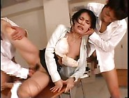 Japanese Chick Gets Fucked By 2 Cocks