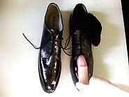 Cum On Uniform High-Gloss Shoe