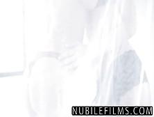 Gatinhas Lindas Do Nubiles Films Chupando Uma Rola Grossa