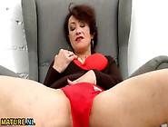 Horny Old Woman Masturbates In Hd