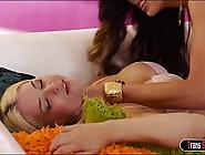 Ts Venus Lux Facefucking Sarah Vandella
