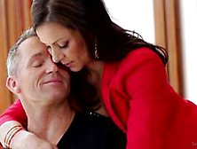 Kendra Lust Spreads Her Legs Ready For Hot Action