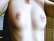 Show On Webcam,  Amateur Girl Masturbates