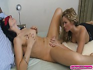 Zoey Holloway And Prinzzess Pleasuring Each Others Pussies