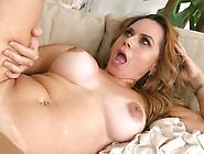 Hot Gabriela