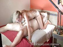 porno-video-britogolovaya