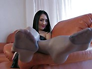 Great Pantyhose Foot Teasing
