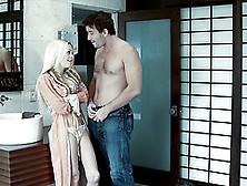 Hardcore Sex Scene With Fake-Boobed Blonde Babe Jesse Jane