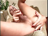 Bleach Blonde Tranny Gives Nice Blowjob