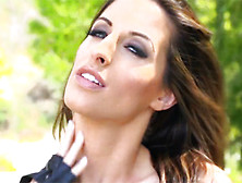 Kortney Kane Has A Dripping Orgasm After Being Fucked In The Ass