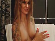 Cams12. Xyz Bella Ragazza Tatuata Magro In Webcam