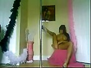 Amazing Pole Dancer