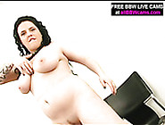 Juicy Bbw Hooker Pokes Her Pussy With Big Dildo In Filthy Solo M