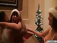 Allison Moore Celebrates The Holiday With Cock Sucking