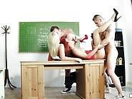 Mofos Network Hot Lesbian Uni Girls Diana Dali...