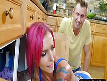 Stacked Pornstar Anna Bell Peaks Stuck Under The Sink