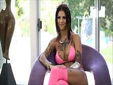 Submissive Bonnie Rotten Receives Raucous Jamming Pleasures