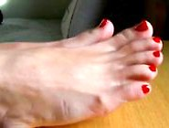 Porno Kirmizi Ojeli Ayaklarim - Red Nails Foots