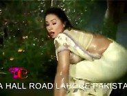 Rain Song Mujra Hot 01