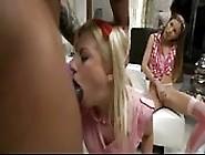 Orgia Interracial Com Duas Garotas Excitadas
