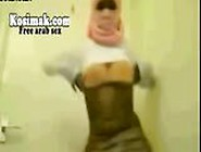 Egyptian Belly Dance In Hijab On Webcam