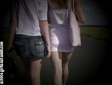 Two Girls Onroad Pee