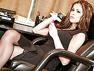 Brunette Milf Hunter Copulates Her Employee