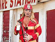 Hot Blonde Bimbo Taylor Wayne Whips Out Her Big Tits And Gets Na