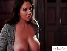 Sexy Keisha Trembles From The Pleasure