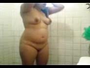 Miniha Putinha Tomando Banho Para Ir Foder Com Seu Negão