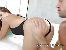 Maturepussi Mia Lelani White Mature Dyed Fitness Mature Fucking