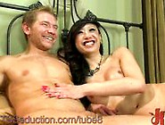 Body Gaurd Seduced By Ts Venus Lux