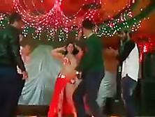 Bailando De Forma Guarra En La Boda