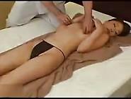 Asian Girl Reach Orgasm During Massage