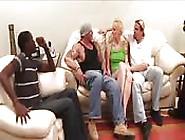 Polvo Doble Blanco Y Negro Milf