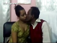 Indian Desi Bangladeshi Couple Home Made Sex Video Leaked To Int