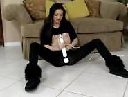 Girl Cums In Her Black Leggings